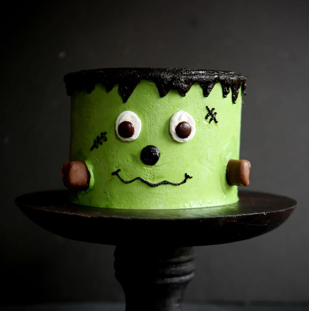 Frankenstein layer cake i am baker Cute easy halloween cakes