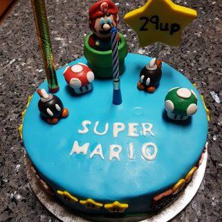 Super Mario Biscuit chocolate cake