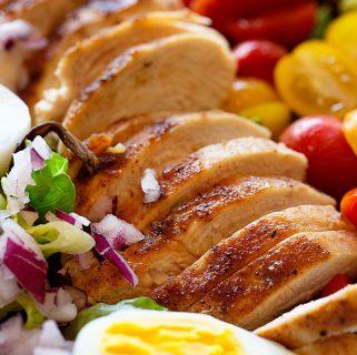 Grilled Chicken Tomato Salad