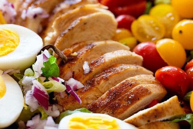 http://iambaker.net/wp-content/uploads/2017/02/ChickenTomatoSalad-650x434.jpg