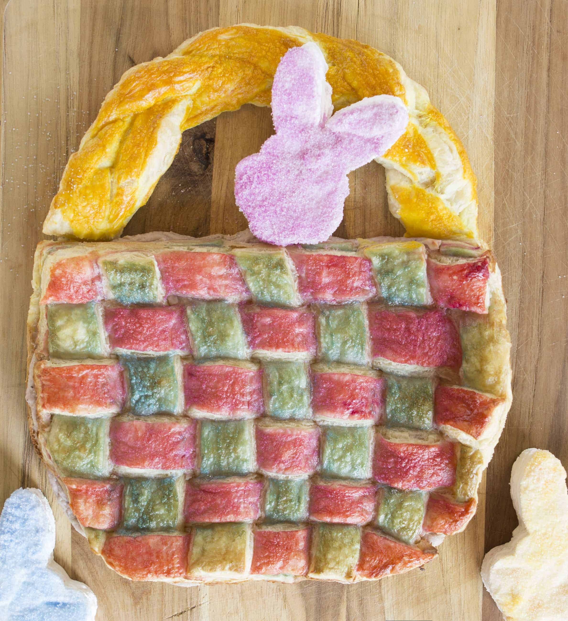 Catch the easy VIDEO on how to do multi-colored pastry lattice!