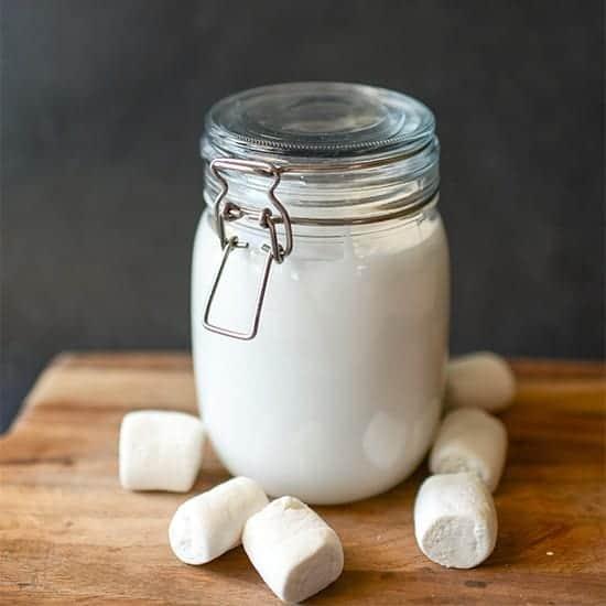 http://iambaker.net/wp-content/uploads/2017/06/550SQUARE-marshmallow-sauce.jpg