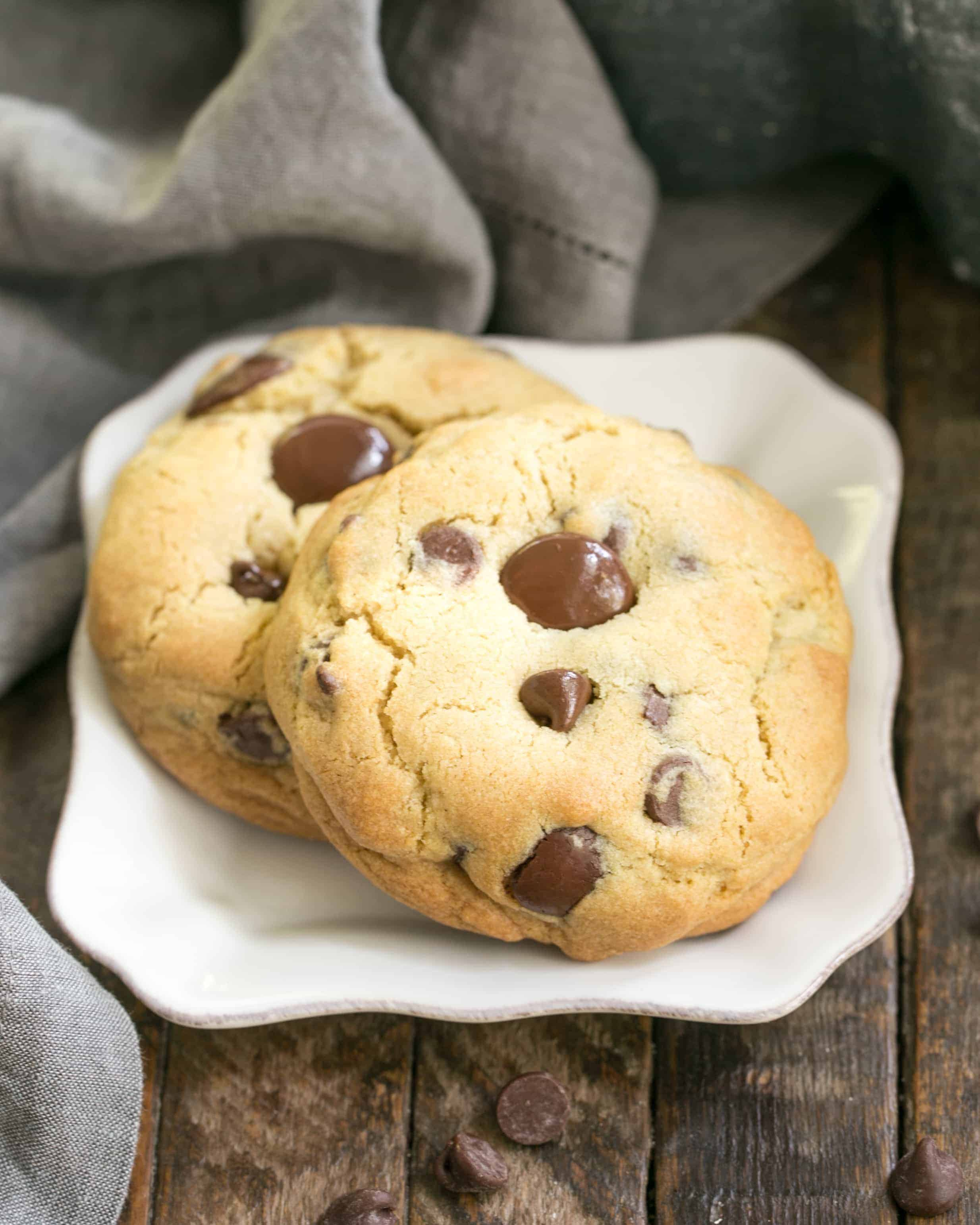 Levain Bakery Chocolate Chip Cookies I Am Baker