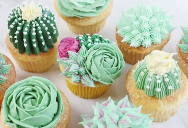 How To Put Cupcakes Together To Make A Cake