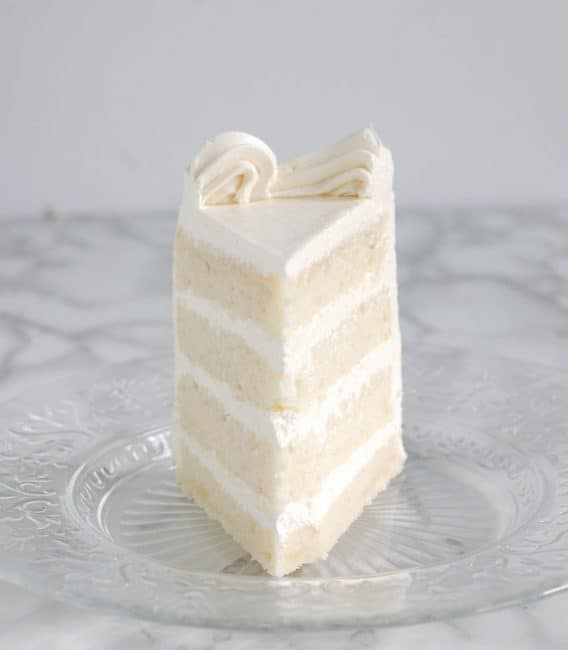 https://iambaker.net/wp-content/uploads/2017/09/white-cake-3a-568x650.jpg