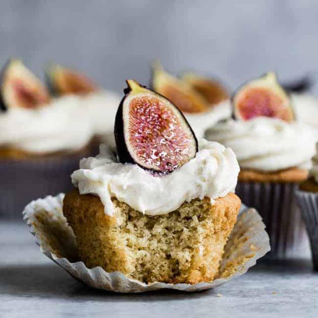 https://iambaker.net/wp-content/uploads/2017/10/Gluten-Free-Vanilla-Cupcakes-square-1-650x650.jpg
