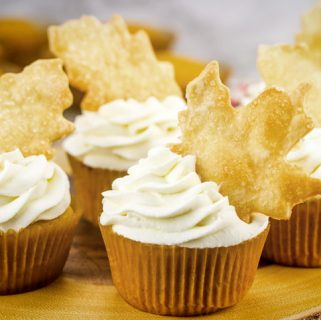 Pumpkin Pie Cupcakes with Pie Crust Cut-Outs