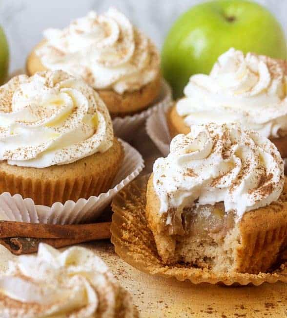 https://iambaker.net/wp-content/uploads/2017/11/Apple-Pie-Cupcakes4-588x650.jpg