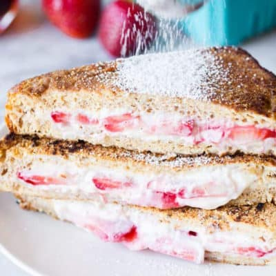 cream-cheese-strawberry-stuffed-french-toast-2a-683x1024