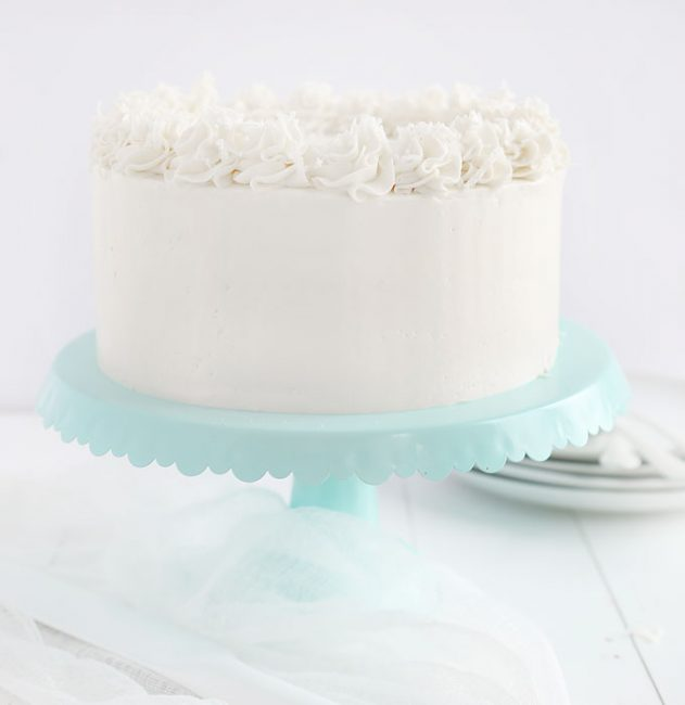 https://iambaker.net/wp-content/uploads/2018/01/Coconut-Cake-Straighton-BLOG-631x650.jpg