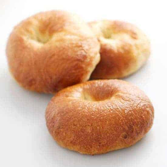 https://iambaker.net/wp-content/uploads/2018/02/550-bagels-square.jpg