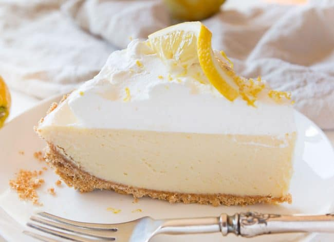 Easy & Perfect Lemon Pie