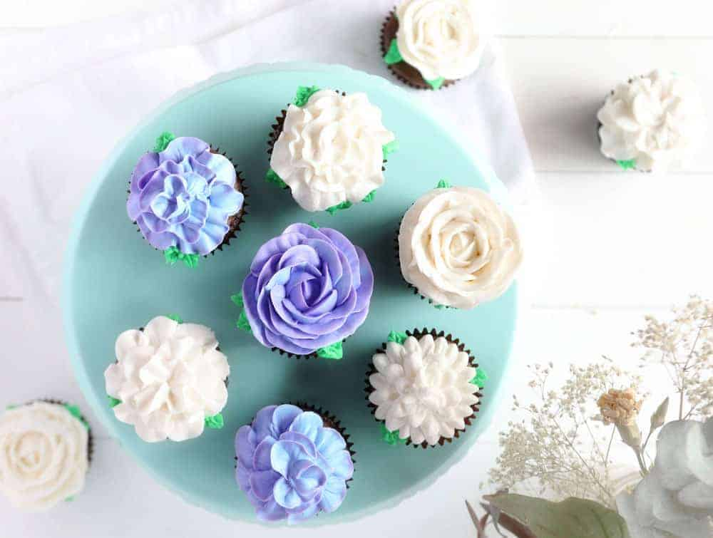 Cupcake Frosting & Cupcake Decorating Ideas