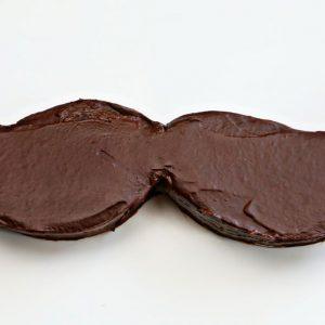 mustache-cheesecake