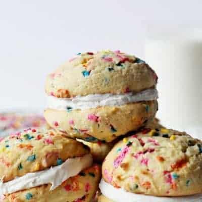 whoopie-birthday-cake-pie