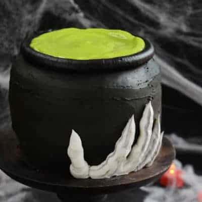 cauldron-cake-BLOG3
