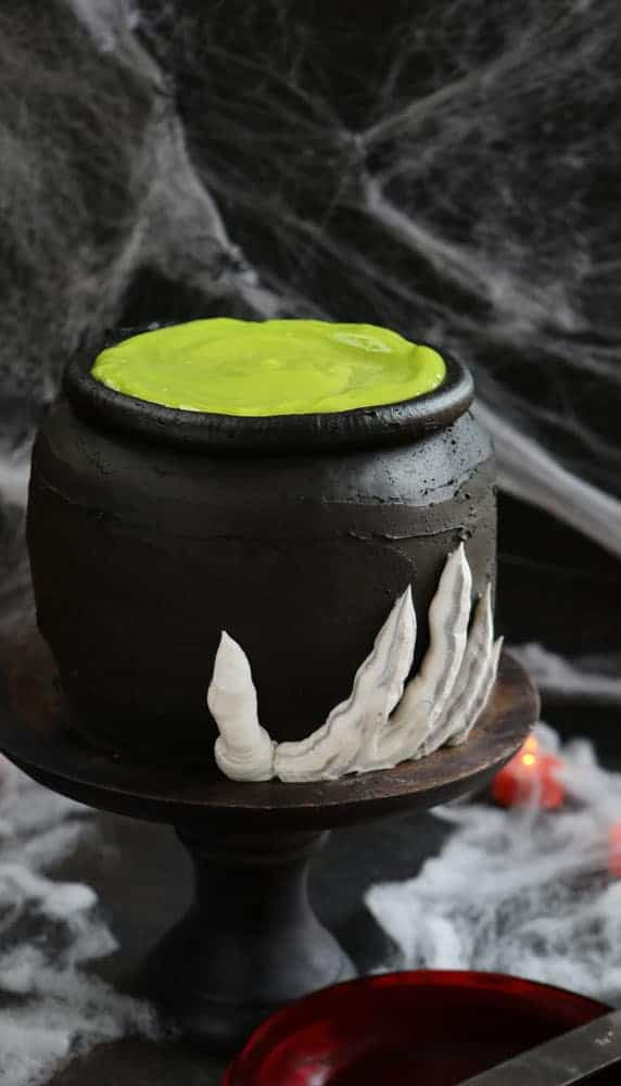 cauldron-cake-BLOG3