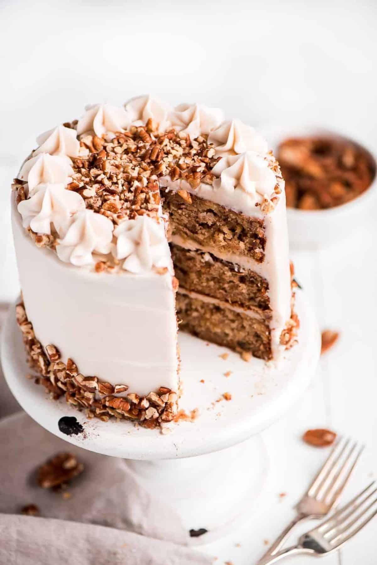 Pleasant Hummingbird Cake Video I Am Baker Funny Birthday Cards Online Necthendildamsfinfo
