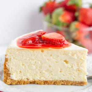 cheesecake-recipe-with-strawberry-topping-2