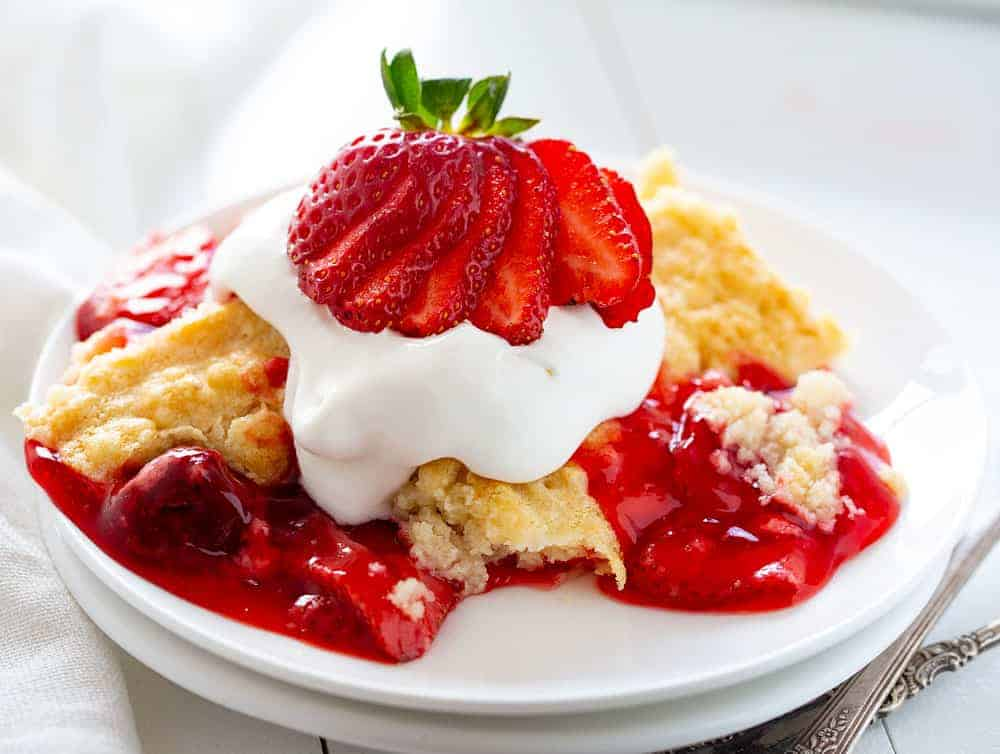 Strawberry Dump Cake with Fresh Strawberries