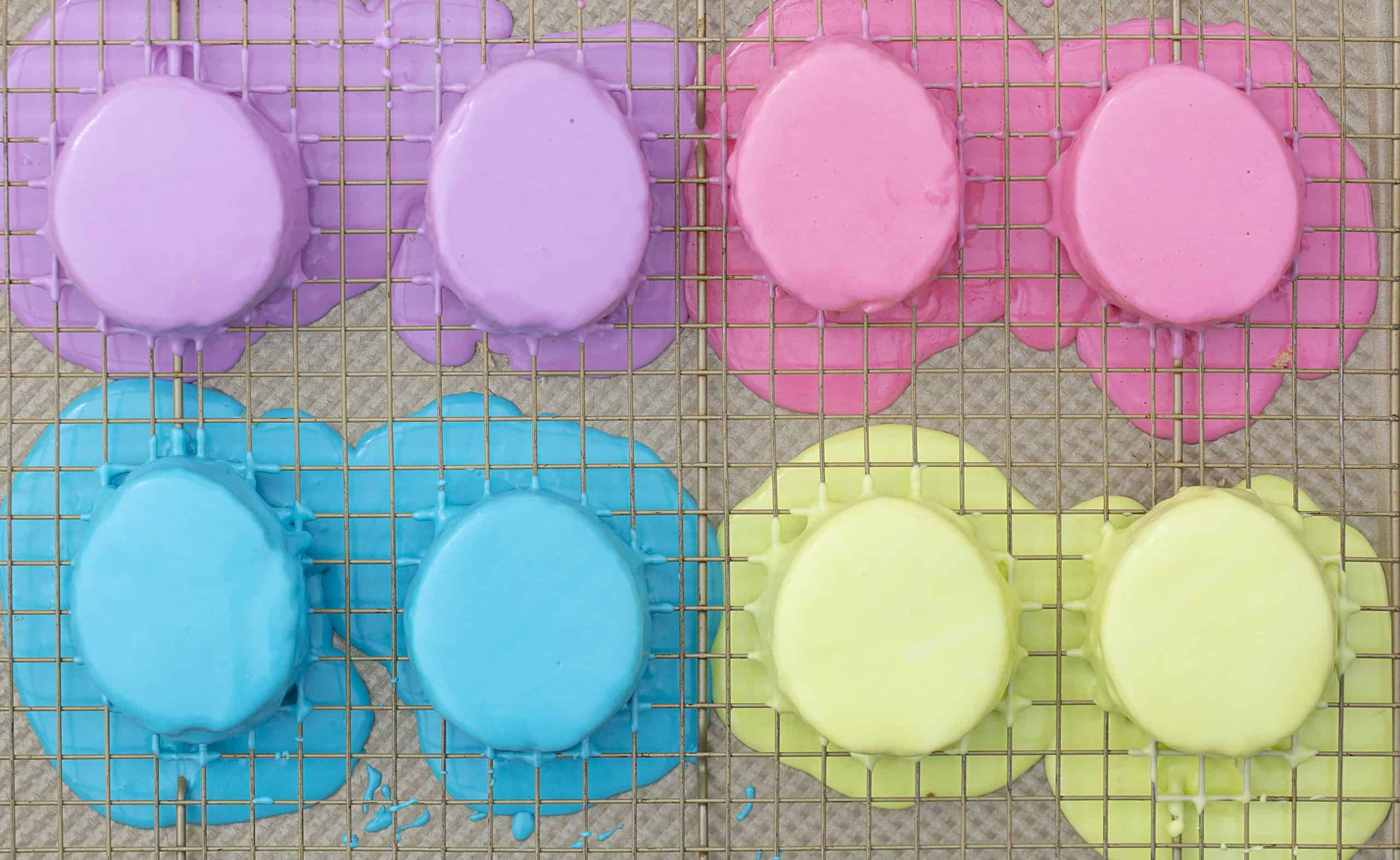 Coloring the Easter Egg Cakes