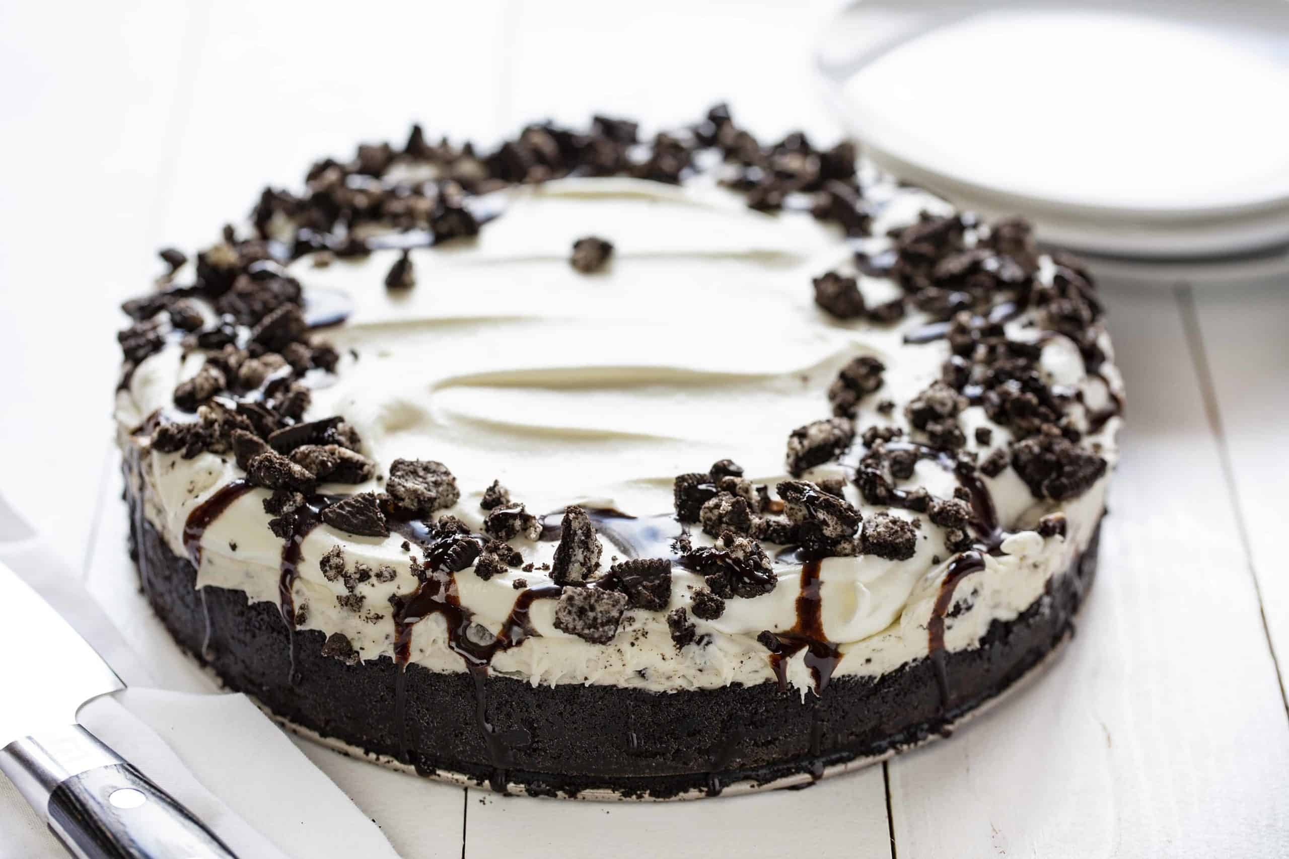 Full, Uncut No Bake Oreo Cheesecake on Table