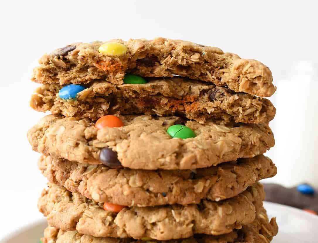 Giant-Monster-Cookies-2-sized
