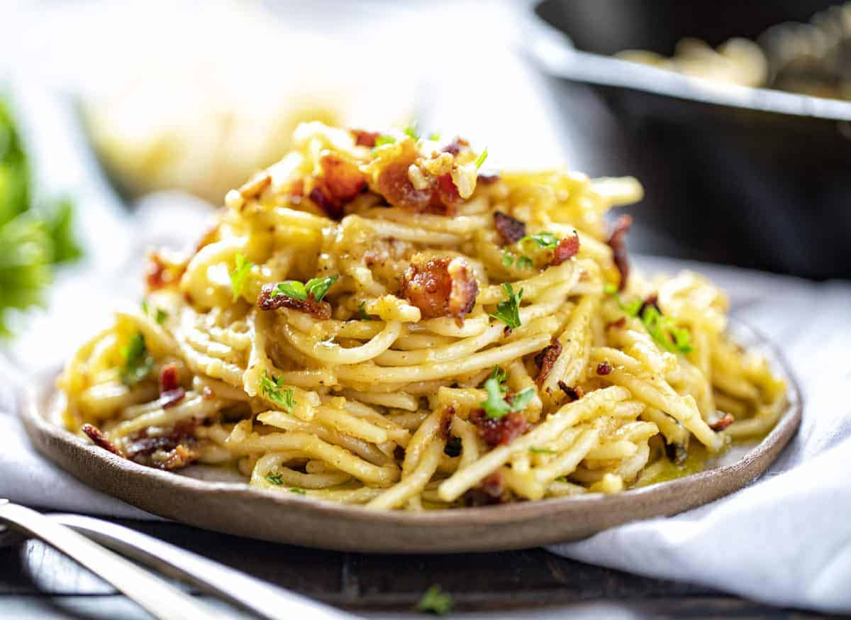 https://iambaker.net/wp-content/uploads/2019/06/carbonara-1-e1561912676443.jpg