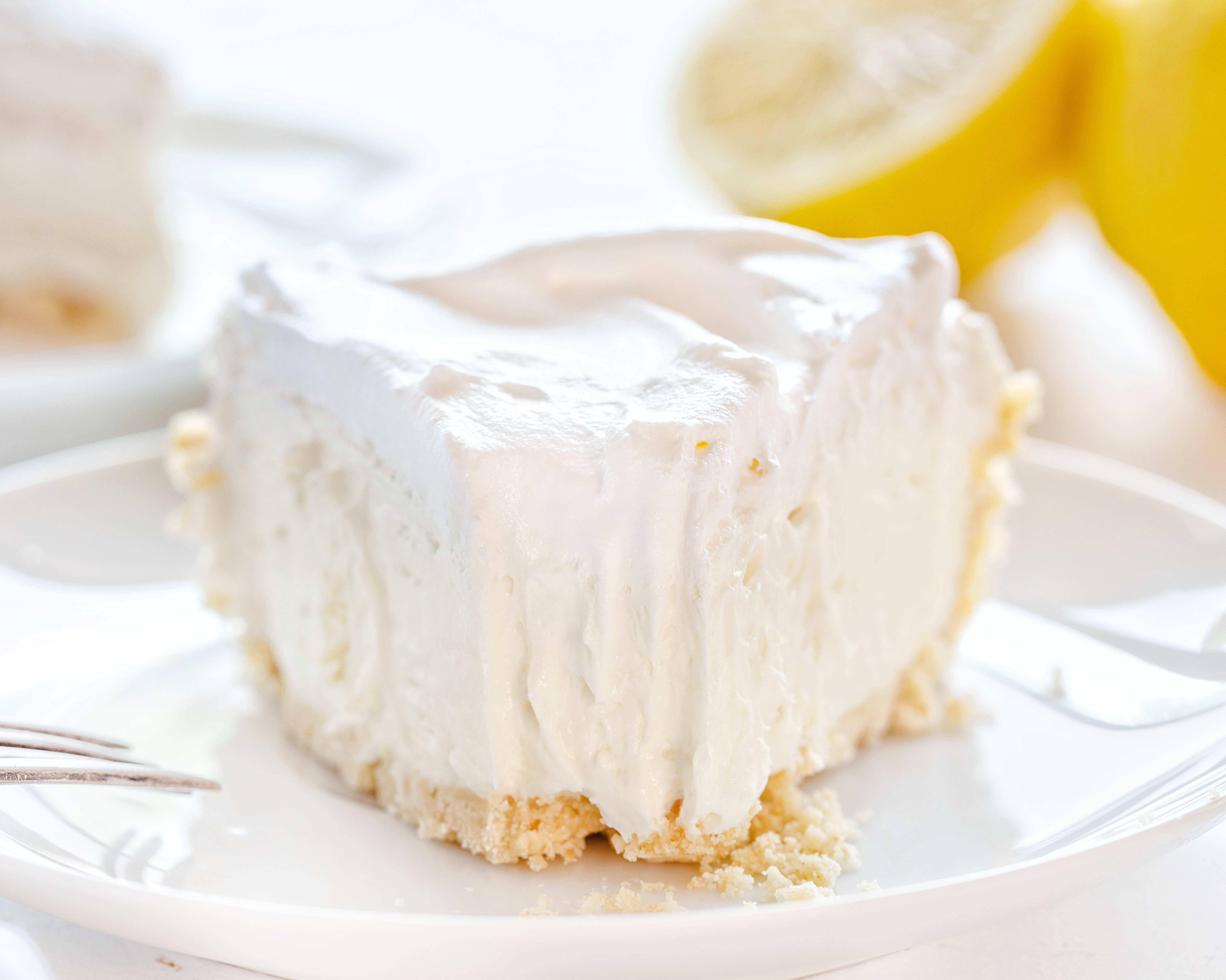 Lemon Cheesecake Cream Pie