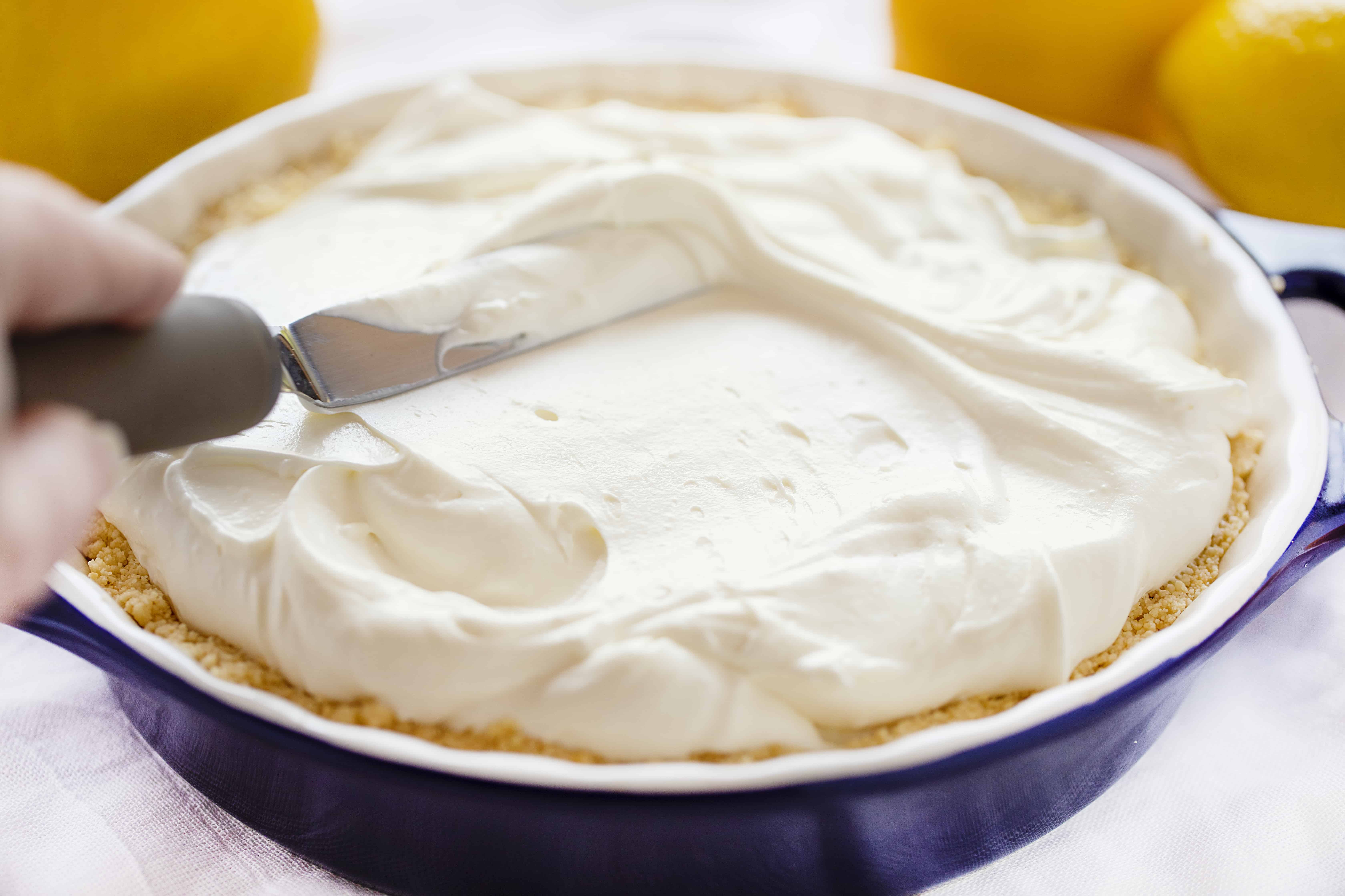 How to Make Lemon Cheesecake Cream Pie