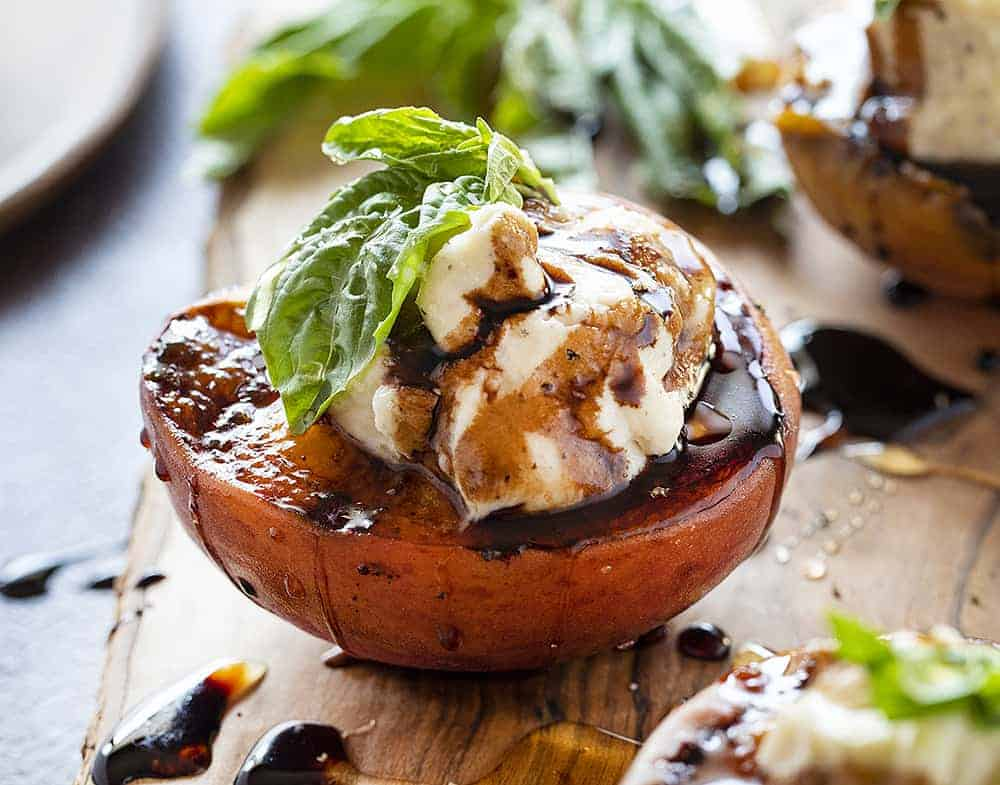 Grilled Peaches with Mascarpone and Balsamic Reduction