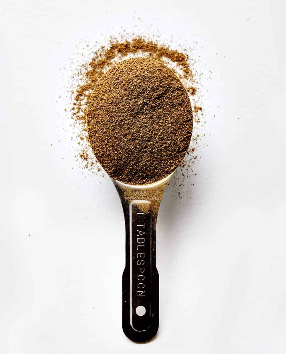 Spoonful of Homemade Apple Pie Spice
