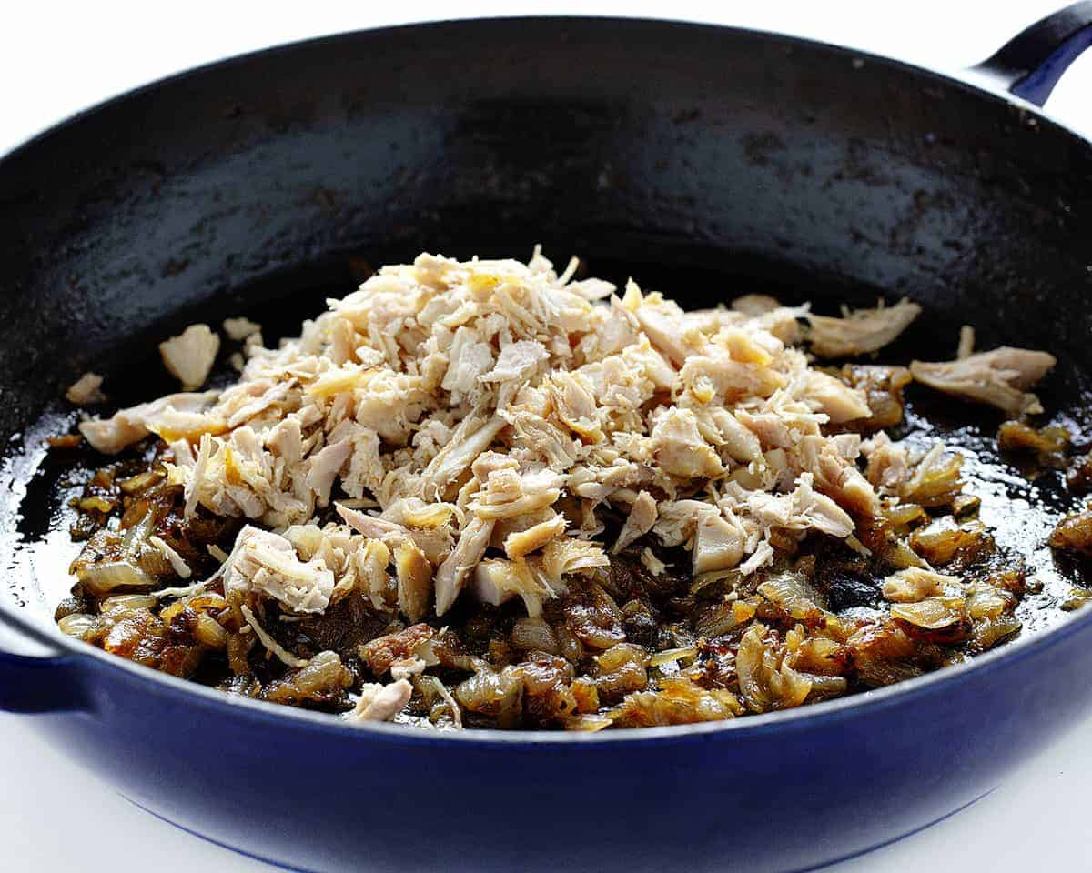 Caramelized Onions and Chicken for French Onion Macaroni and Cheese
