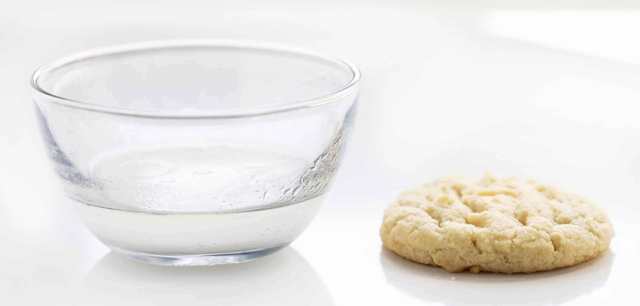 Baking Soda, Oil, and Water in a Bowl as an Egg Substitute