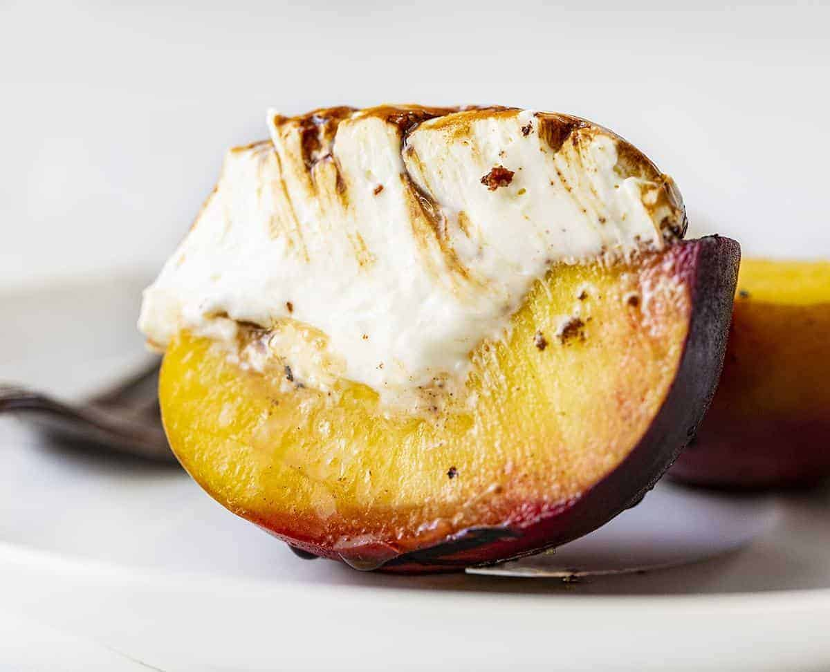 https://iambaker.net/wp-content/uploads/2020/05/grilled-peaches.jpg