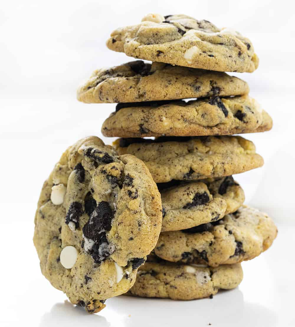 Cookies and Cream Cookies Stacked with One Resting On its Side