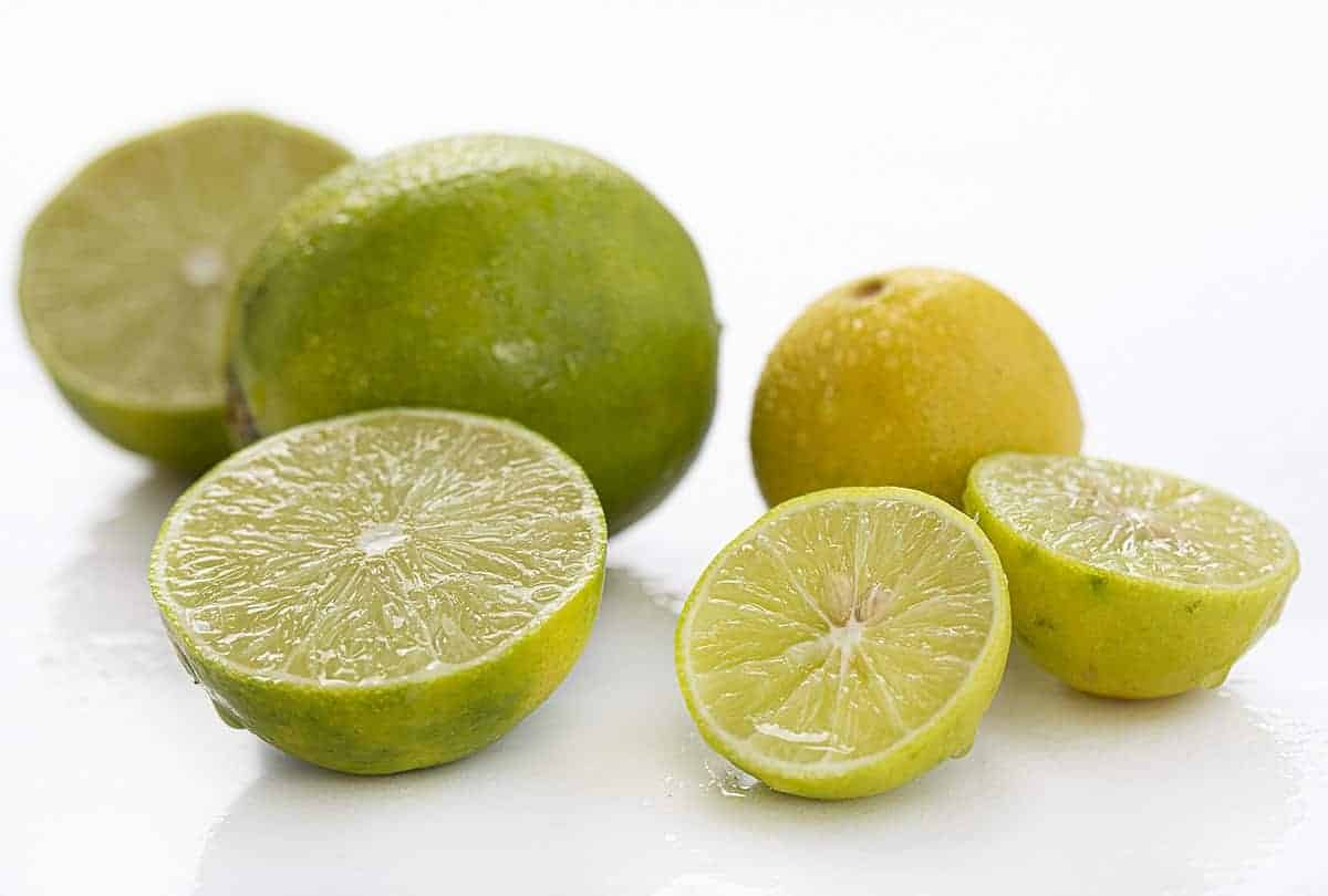 A visual comparison of Persian limes and key limes