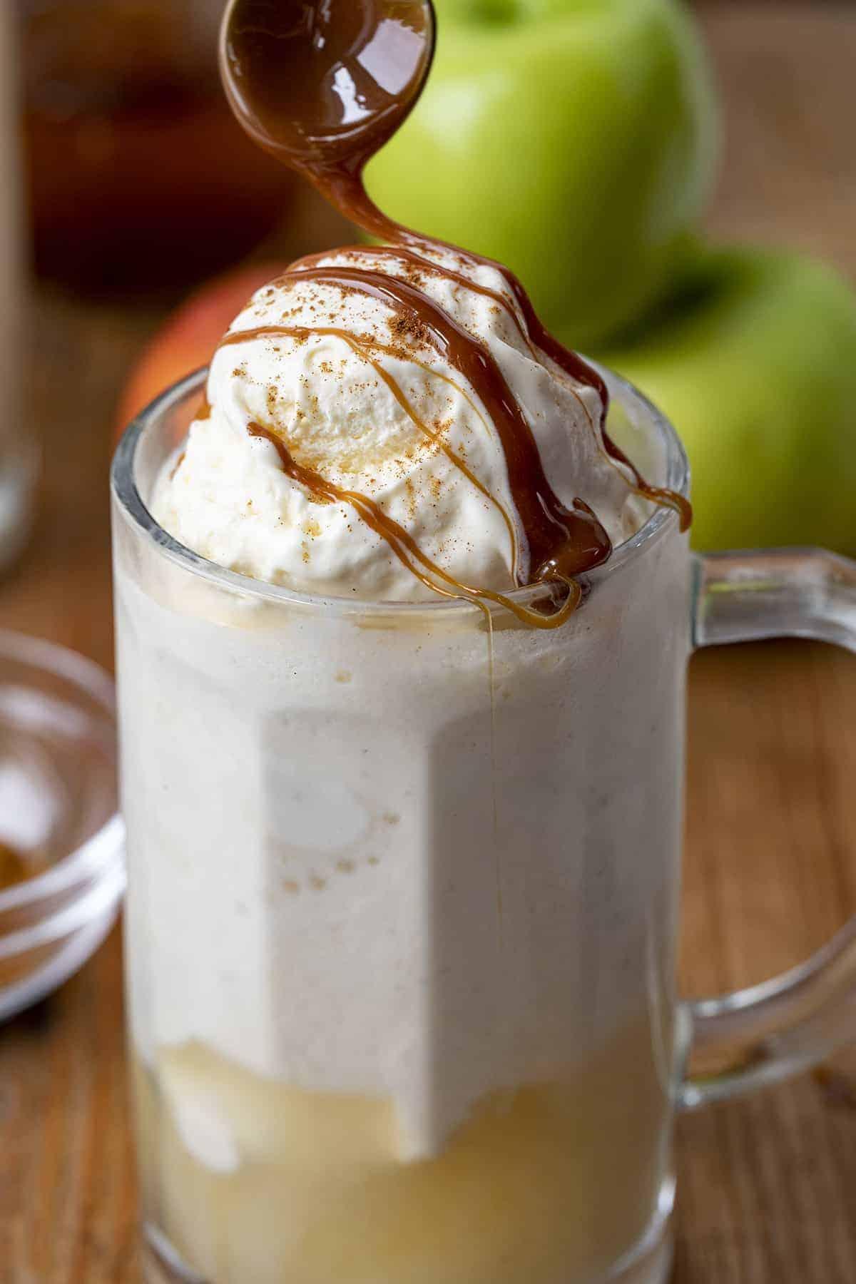 Drizzling Caramel on Apple Pie Moonshine Float