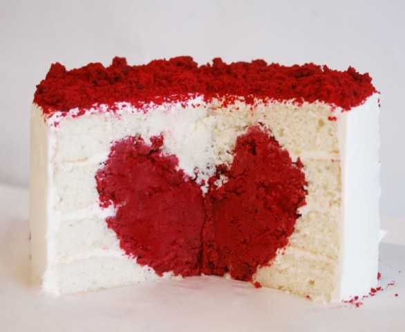 Love Heart Cake Images : Heart Cake Tutorial {Surprise Inside Cake} - i am baker