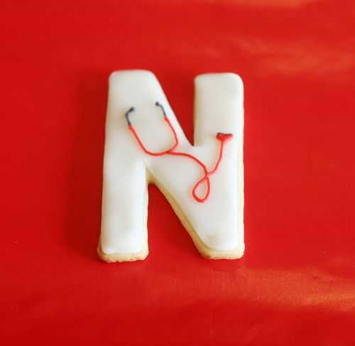 Nursing School Cookies from iambaker.net #cookies #EKGcookie