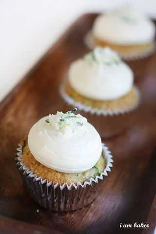 Zucchini Cupcakes and the BEST Cream Cheese Frosting - i am baker