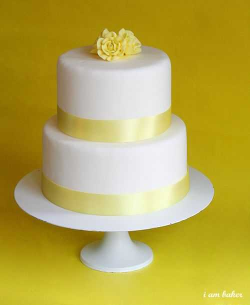 Mini Yellow Wedding Cakes | i am baker