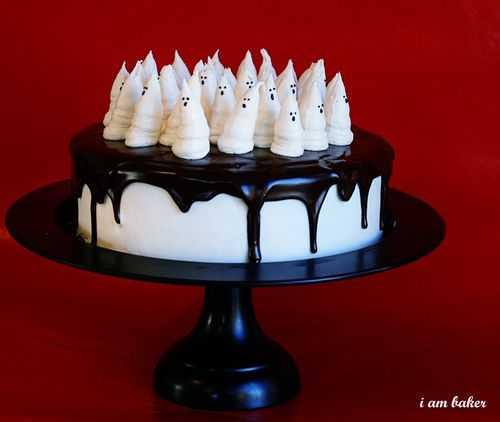 Boo-tiful Halloween Cake