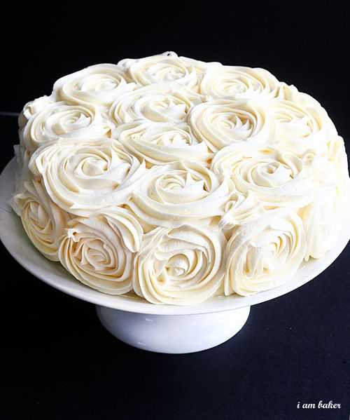 Rose Cake Design Icing : Rose Cake Tutorial - i am baker