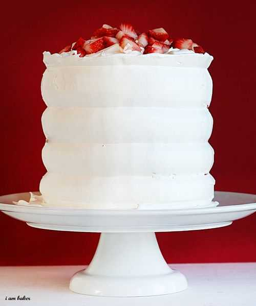 Red Velvet Strawberry Shortcake #shortcake #cake #strawberry