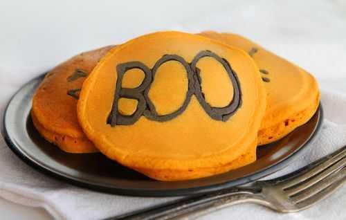 2011_10_22_665.halloween-pancakes