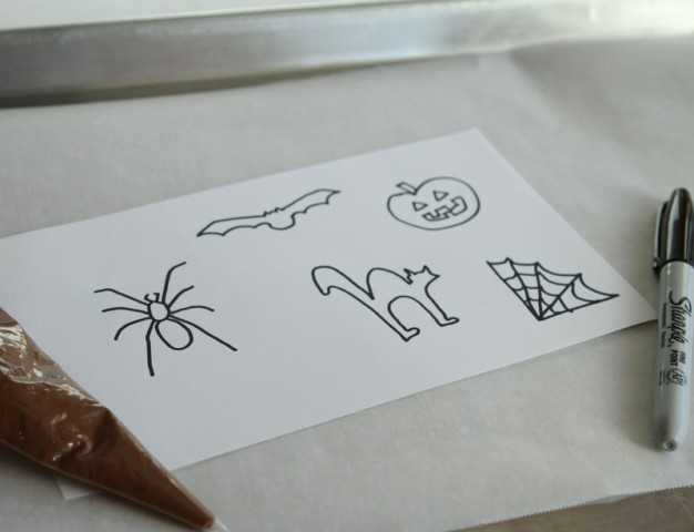 Drawings for Chocolate Halloween Toppers for Pumpkin Buttercream Cupcakes